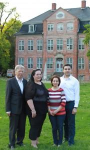 Foto Dr. Ernst Dieter Rossmann, Sezen Atci, Arzu Degirmencioglu und Baris Karabacak (v.r.n.l.)