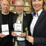 """Freuten sich über das große Interesse an der Diskussion zum """"bienenfreundlichen Elmshorn"""": MdB Ernst Dieter Rossmann, Autorin Susanne Dohrn und Kommunalpolitikerin Johanna Skalski."""